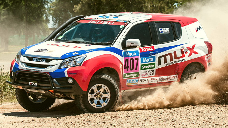 Isuzu MU-X Competing in the 2015 Dakar Rally