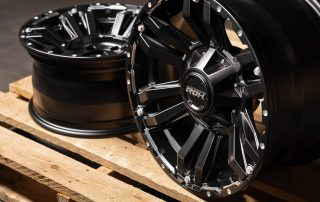 Deep concave Vapour 4x4 alloy wheel on pallet