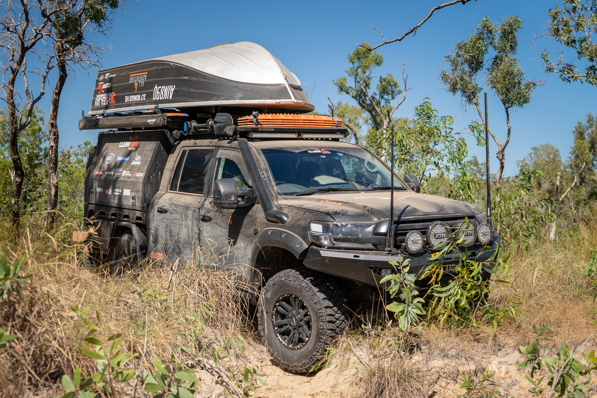 All 4 Adventure 200 Series LandCruiser offroad in scrub with Vapour wheels