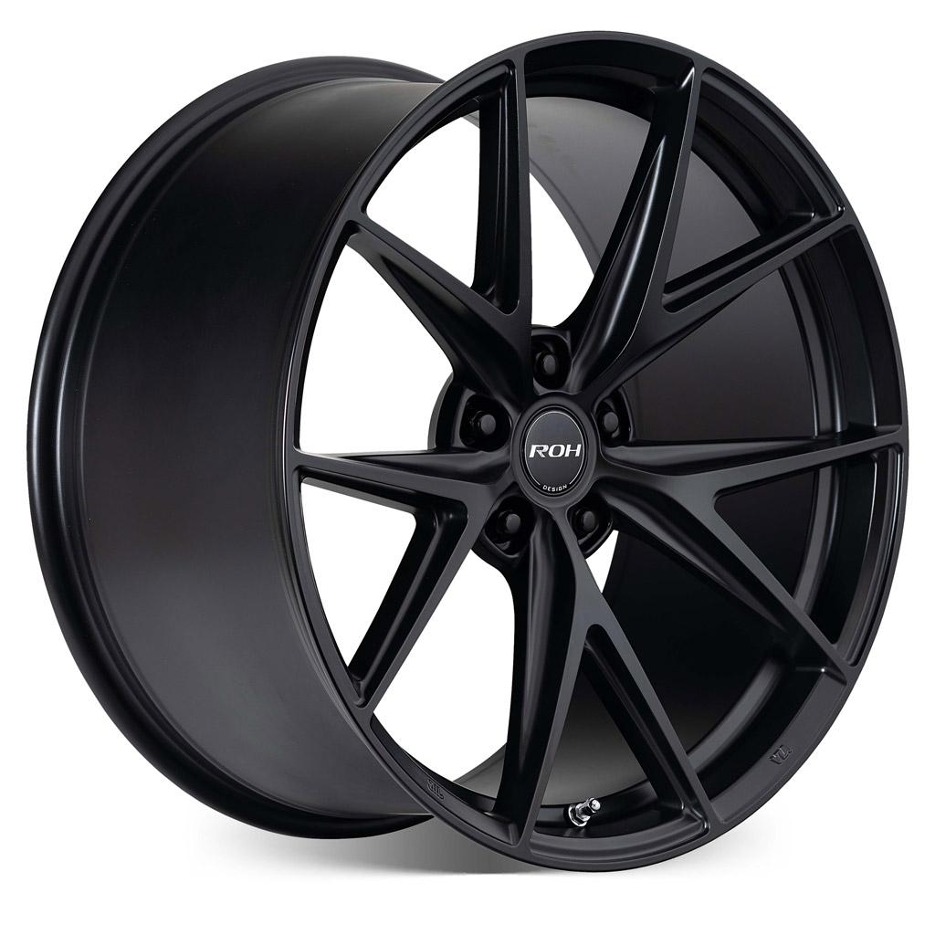 Forza black alloy wheel on more angle