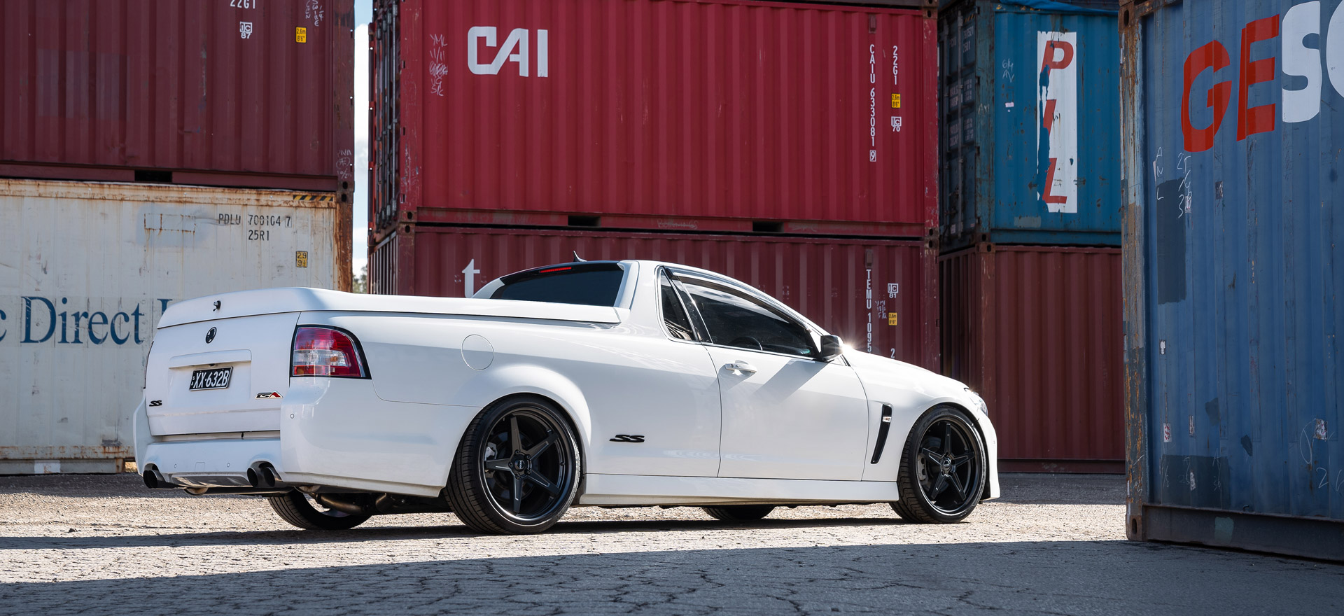 RF5 flow forged wheel on white Commodore Ute Hero Rear header