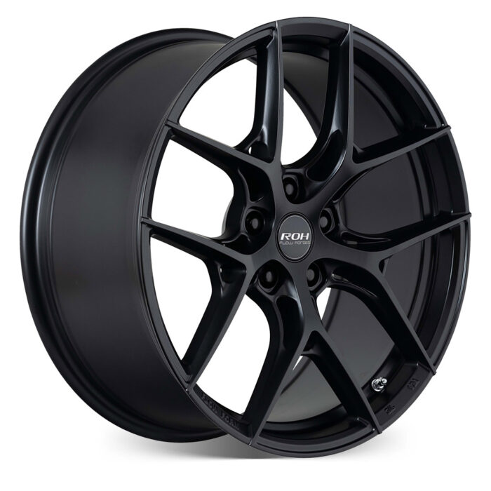 RF6 black flow forged wheel on more angle